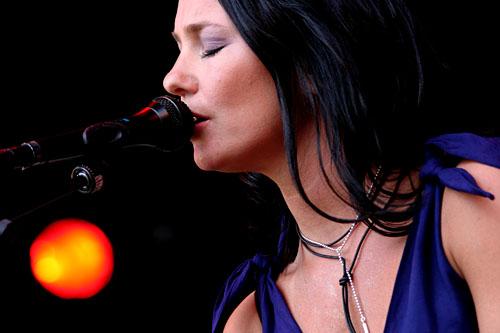 2004-06-17 - Sophie Zelmani spelar på Hultsfred, Hultsfred