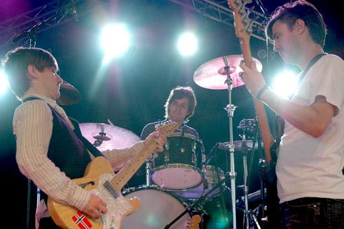 2005-07-14 - Rilo Kiley spelar på Arvikafestivalen, Arvika