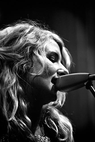 2008-02-08 - Jonna Lee performs at Nalen, Stockholm