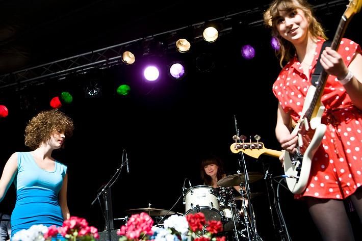 2008-06-25 - Those Dancing Days spelar på Accelerator, Stockholm