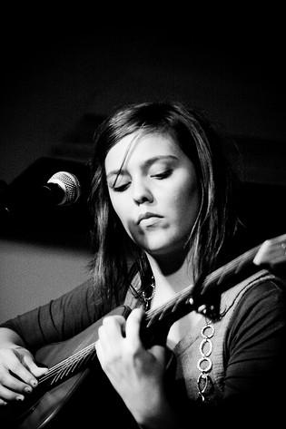 2008-09-08 - Amanda Jonsson performs at Arken, Avesta
