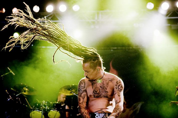 2010-07-16 - Amorphis spelar på Arvikafestivalen, Arvika