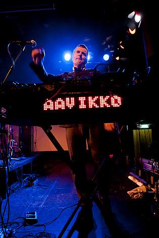2011-01-15 - Aavikko performs at Södra Teatern, Stockholm