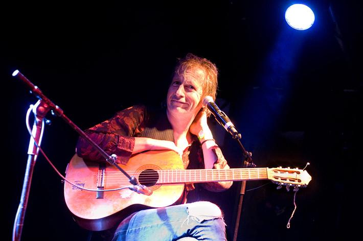 2011-07-14 - Stefan Sundström spelar på Hultsfredsfestivalen, Hultsfred
