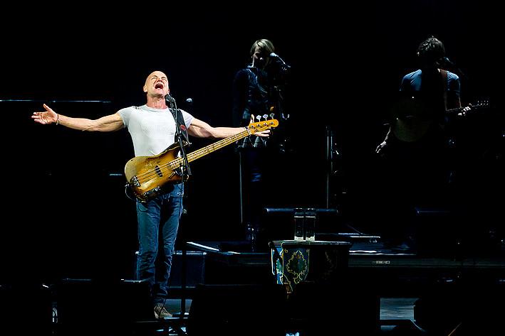 2012-02-09 - Sting performs at Lisebergshallen, Göteborg