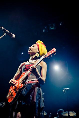 2012-02-10 - Fatoumata Diawara performs at Södra Teatern, Stockholm