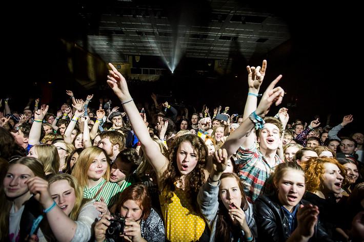 2012-03-31 - Glasvegas performs at Umeå Open, Umeå