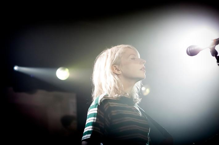 2015-02-06 - Alvvays spelar på Debaser Hornstulls Strand, Stockholm