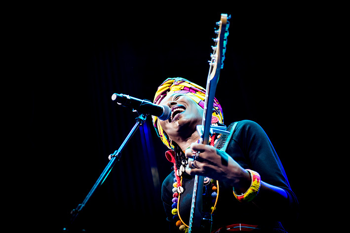 2015-03-20 - Fatoumata Diawara performs at Nalen, Stockholm