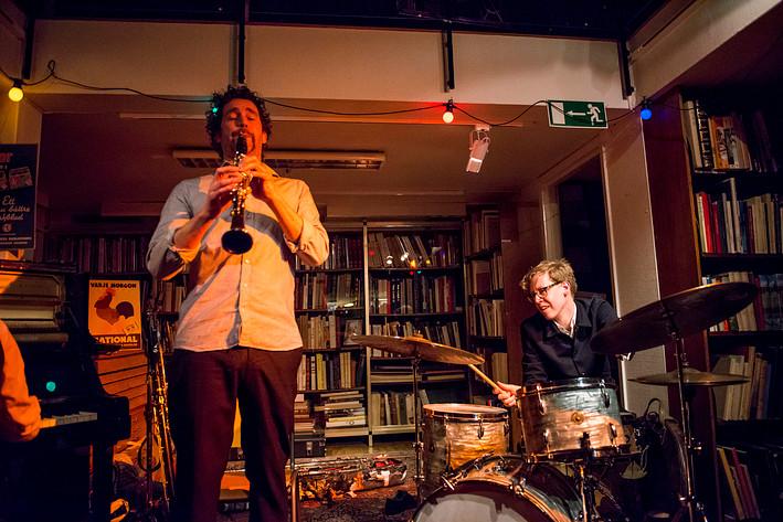 2017-03-14 - Konrad Agnas, Johan Graden och Per Texas Johansson performs at Rönnells, Stockholm