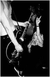 2003-04-16 - The Sounds spelar på Sticky Fingers, Göteborg