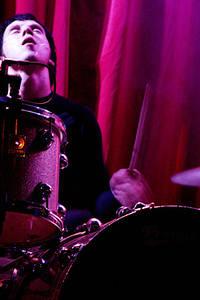 2004-10-28 - Mando Diao spelar på Trädgår'n, Göteborg
