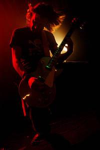 2004-12-04 - Mustasch spelar på Nalen, Stockholm