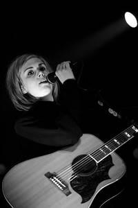 2006-11-14 - Anna Ternheim performs at Idun, Umeå