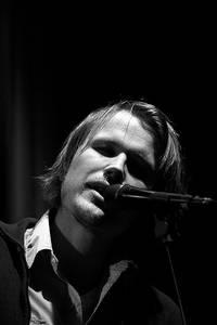 2006-12-27 - Christian Kjellvander performs at Nalen, Stockholm