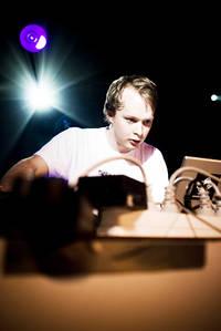 2007-07-14 - Boeoes Kaelstigen performs at Arvikafestivalen, Arvika
