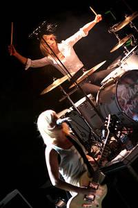 2007-11-16 - Sahara Hotnights performs at Trädgår'n, Göteborg