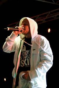 2009-06-27 - Prop Dylan spelar på Peace & Love, Borlänge