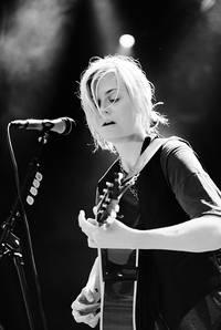 2009-07-03 - Anna Ternheim performs at Långholmen, Stockholm