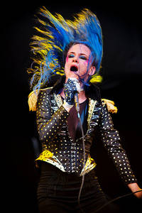 2010-07-15 - Juliette Lewis spelar på Arvikafestivalen, Arvika