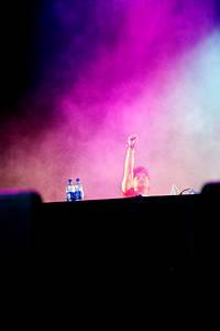 2011-06-30 - Cunninlynguists spelar på Peace & Love, Borlänge