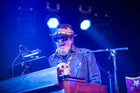 2012-07-08 - DR. JOHN AND THE LOWER 911 feat. JON CLEARY spelar på Roskildefestivalen, Roskilde